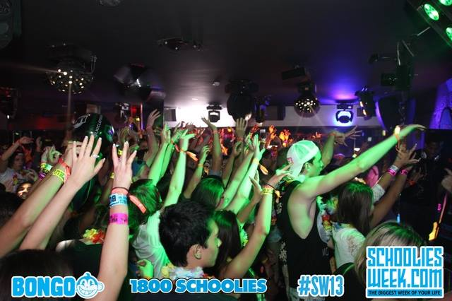 schoolies 2014 official schoolies booking website