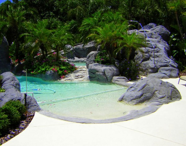 Backyard-Swimming-Pool-backyard-swimming-pools